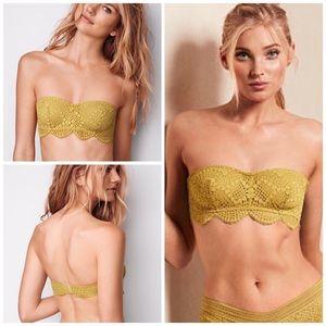 Victoria's Secret Crochet Lace Bandeau Bralette M